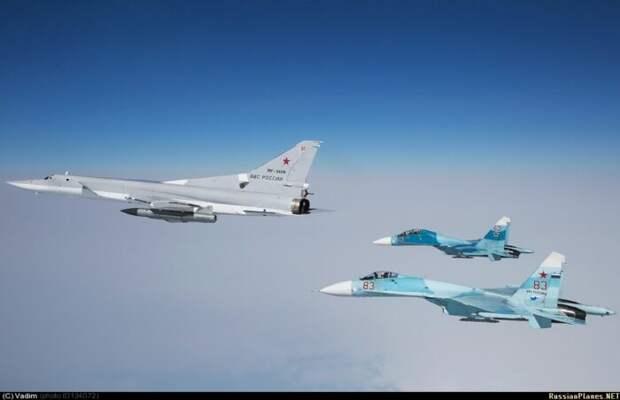 Бомбардировщики ВКС РФ готовят приятный сюрприз для кораблей НАТО вЧерном море