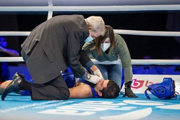 Умер 19-летний боксер, потерявший сознание во время боя на молодежном чемпионате мира