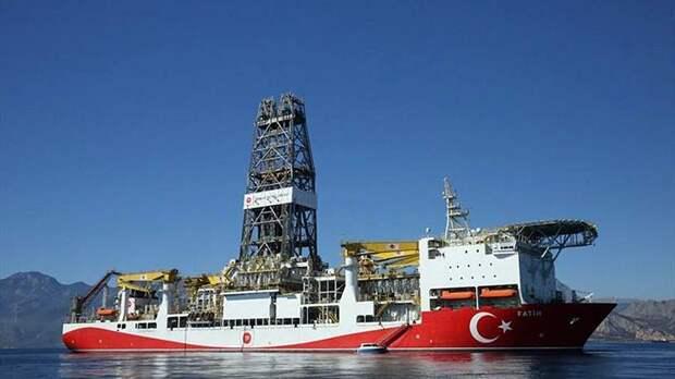 Турция заявила о намерениях наладить добычу газа в Черном море к 2023 году