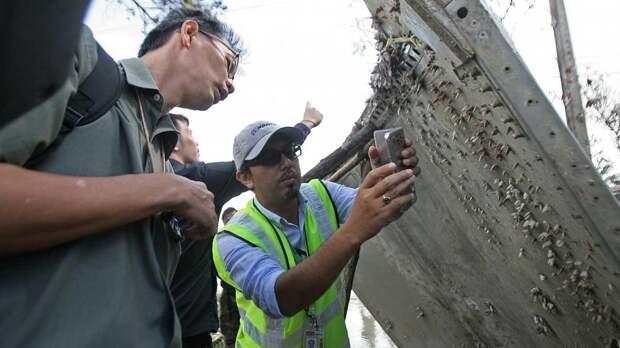 """Пилота исчезнувшего малайзийского """"Боинга"""" заподозрили в заметании следов лайнера"""