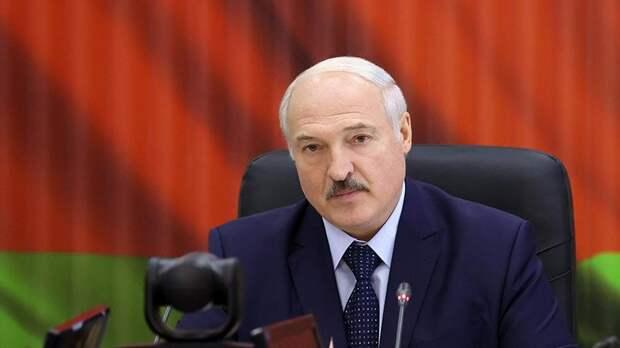 Лукашенко назвал враньем переброску российских войск в Белоруссию