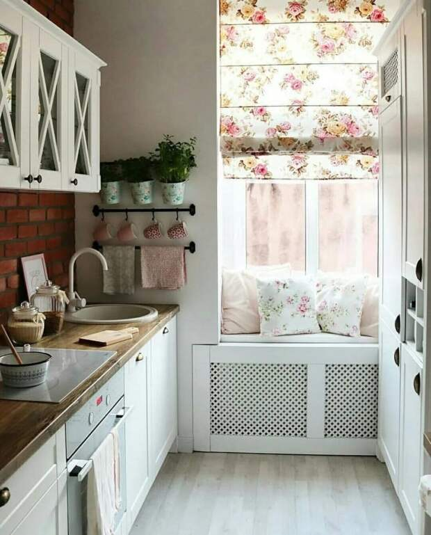 10 маленьких кухонь, в которых уместилось абсолютно всё