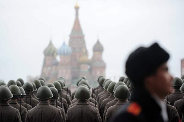 Либеральный порядок подразумевал полное расчленение СССР – но тут появился Путин