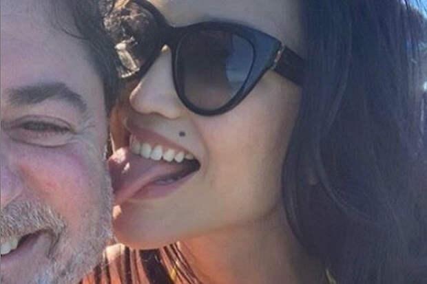 Пышная грудь жены Цекало взбудоражила пользователей Instagram