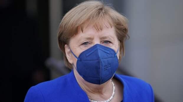 """Германия обязалась построить """"новый миропорядок"""": Сосновский показал забытый документ"""