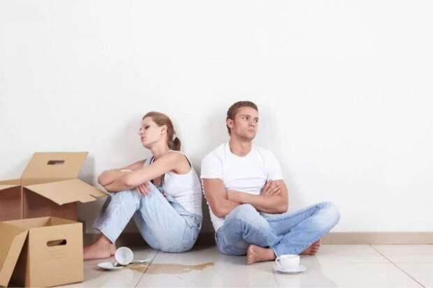 Сначала родители говорили: «Это твоя квартира!» – а теперь велят съезжать в никуда