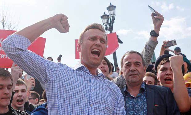 СМИ – иноагенты окончательно потеряли веру в российский протестный электорат, и переключились на «угнетаемых» мигрантов
