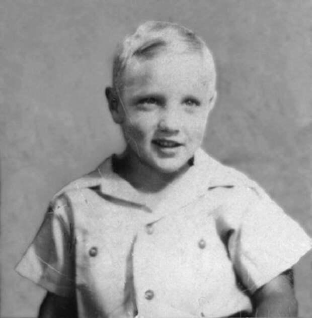 Узнать не просто: 20 детских фотографий первых звёзд Голливуда