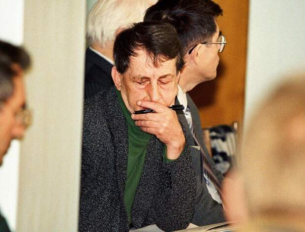 Анатолий Бугорский — человек, который засунул голову в работающий ускоритель частиц и выжил