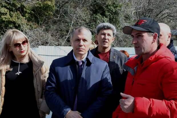 Стали известны самые богатые депутаты парламента Крыма