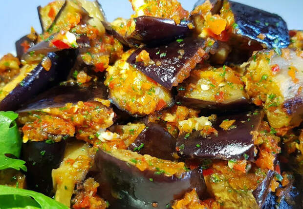 Превращаем баклажаны в закуску: съедают под любое блюдо и просят добавку