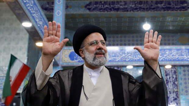Ибрагим Раиси лидирует на выборах президента Ирана
