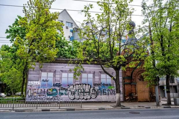 В Нижнем Новгороде дом на улице Варварской незаконно снесли