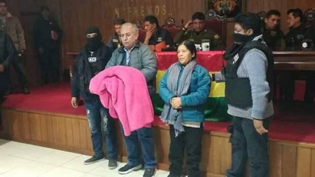 Переворот в Боливии: глава оппозиции заявил об ордере на арест Эво Моралеса