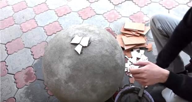 Супер идея для дачи из детского мяча-прыгунка. Можно использовать много раз