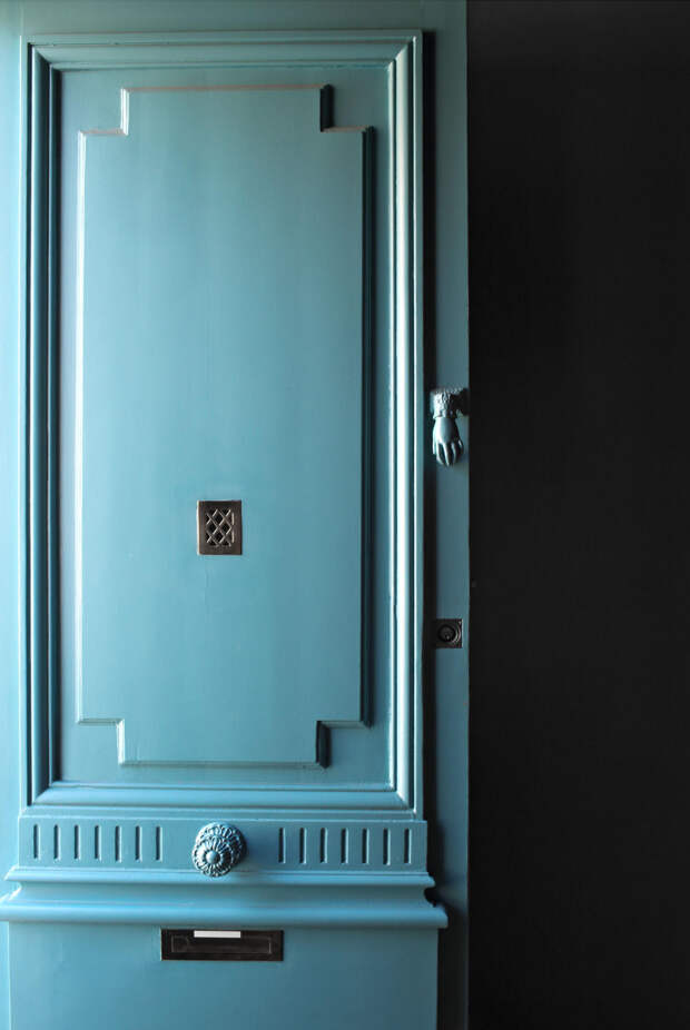 Гостиная в бирюзовых тонах: свежие идеи оформления интерьера (93 фото)