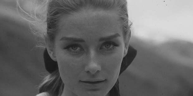 Умерла актриса, которая сыграла девушку Бонда