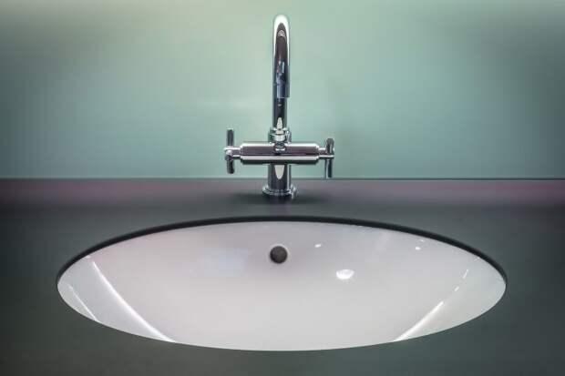 Жители домов на Куусинена удивились отключению воды