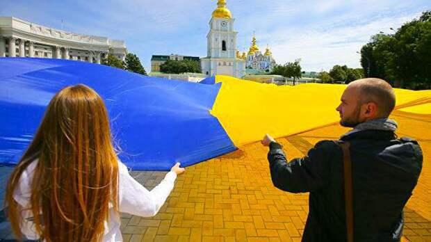 Бывший премьер Украины: население страны сократилось на 20 млн человек