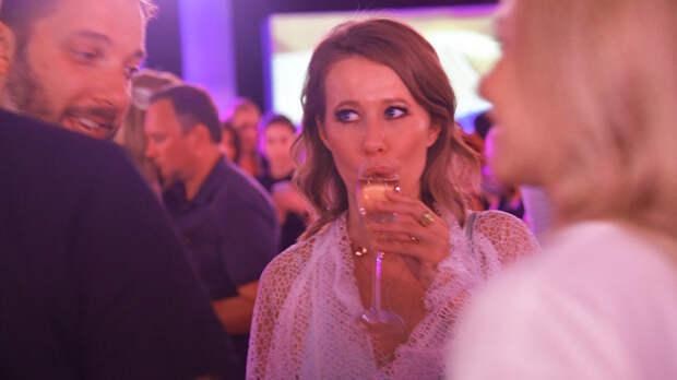То есть днище ещё не пробито?!: Анонс нового шоу Собчак вызвал негодование пользователей Сети