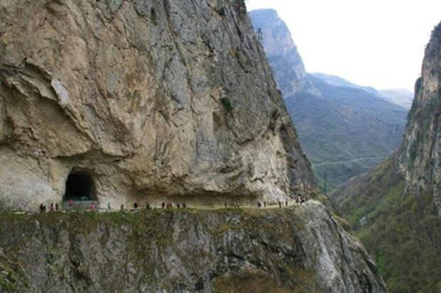 Тайна древнего подземного города на Северном Кавказе