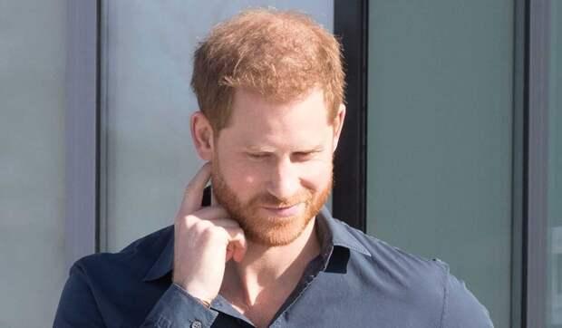 Королева в ужасе от психического состояния принца Гарри