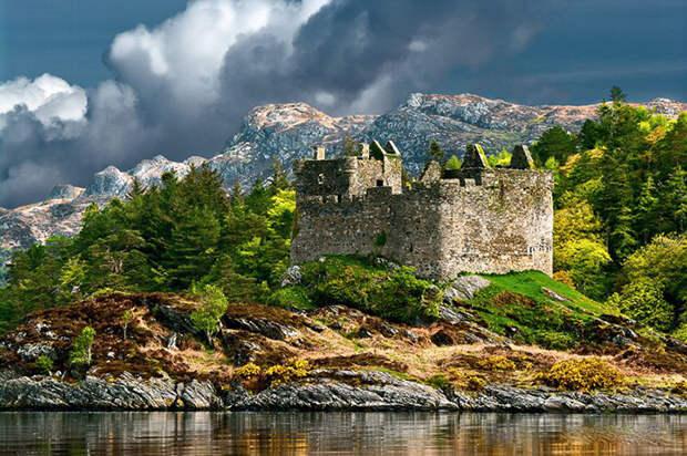 Замок Тиорам.