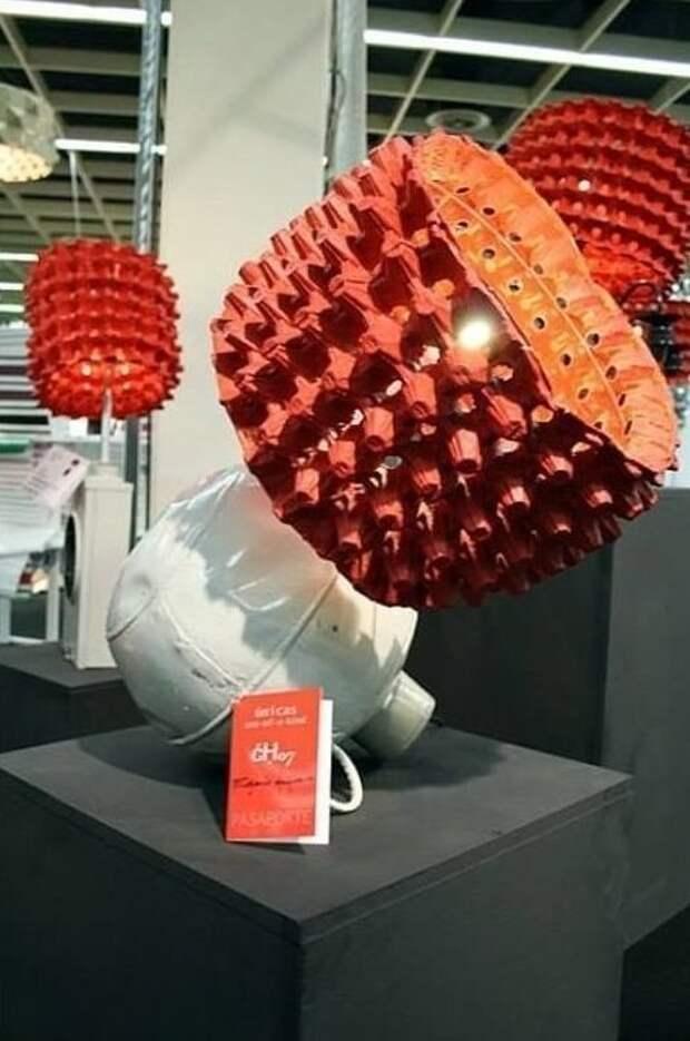 8. Дизайнерские лампы вторая жизнь старых вещей, интересно, контейнер из-под яиц, своими руками, сделай сам, фото
