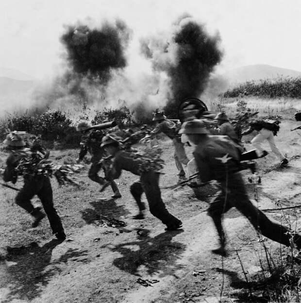 Редкие фото войны во Вьетнаме (16 фото)