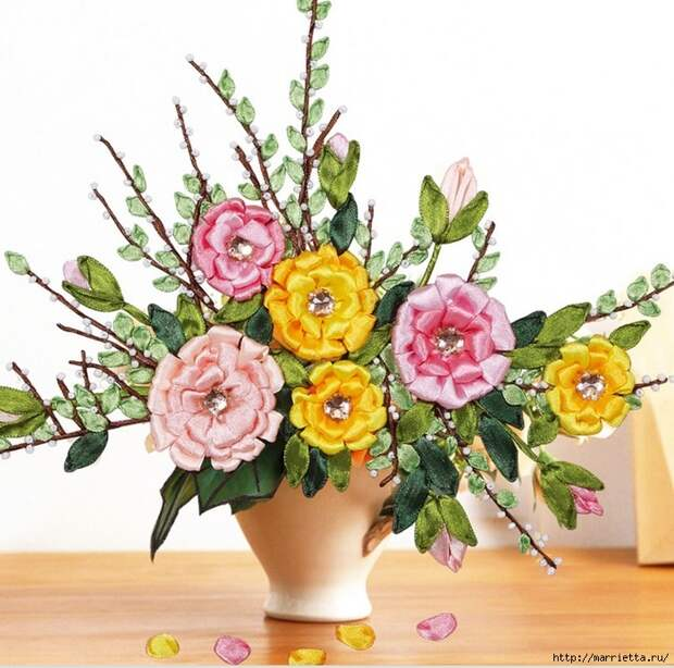 Ручная работа. Цветы из ткани (55) (700x694, 350Kb)