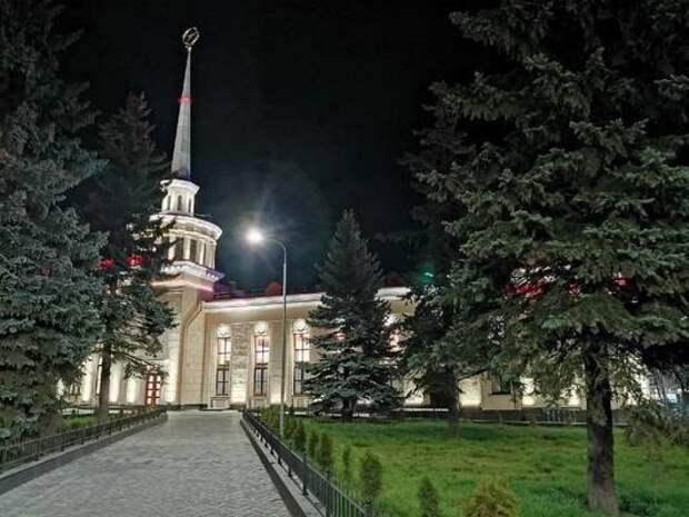 Между Москвой и Петербургом назначены дополнительные поезда UPD