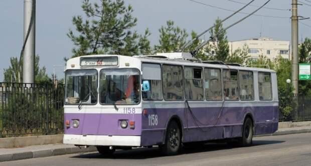 Частные перевозчики Севастополя «давят» троллейбусы в погоне за прибылью?