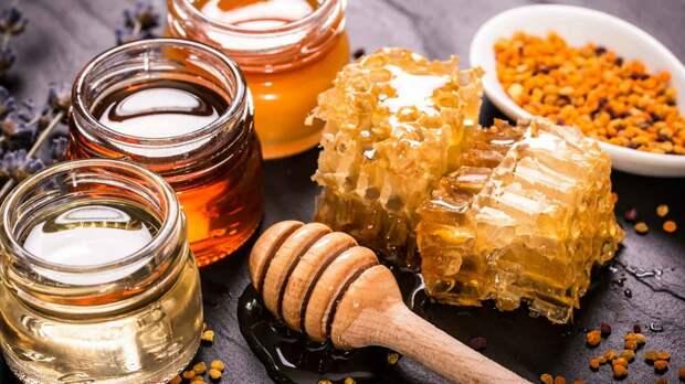 Почему мёд лучше всего справиться с простудой
