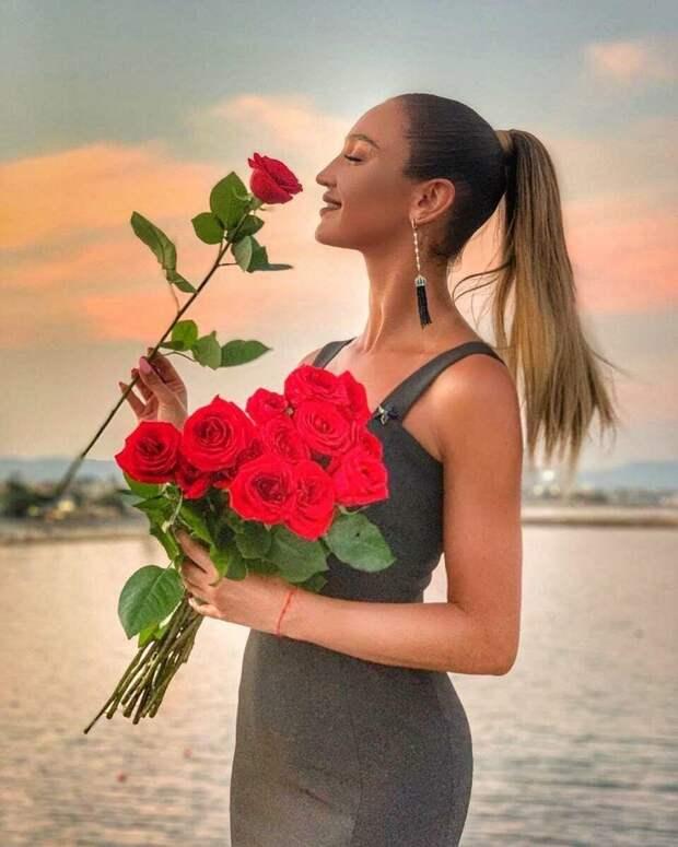 Ольга Бузова отреагировала на негативные слухи в свой адрес
