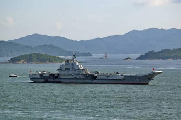 Пролетая над «Ляонином»: проблемы китайской копии Су-33