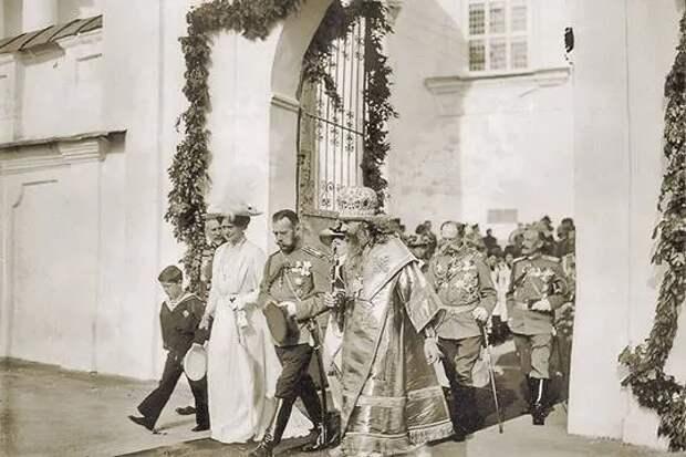 Как церковь радовалась отречению Николая II
