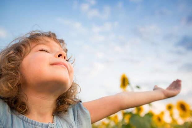 Ребёнок желает отправить своих обидчиков на тот свет. Нормально ли это и что делать?