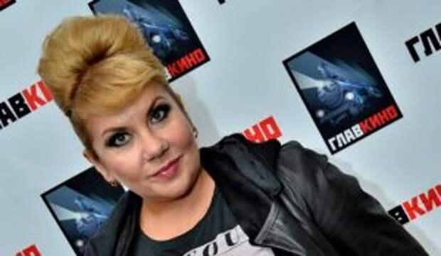 Марина Федункив удивила фанатов содержимым аптечки и показала таблетки для похудения
