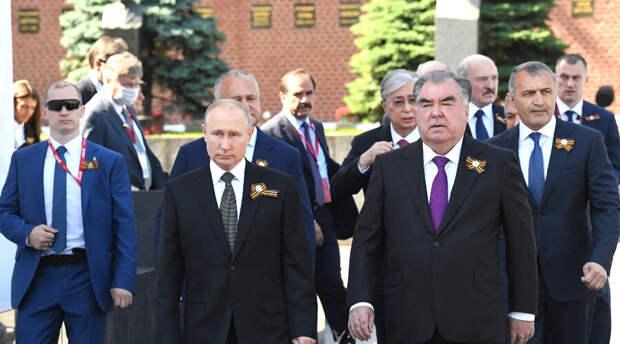 Путин «продемонстрировал» неприязненное отношение к двум президентам «открытым текстом»