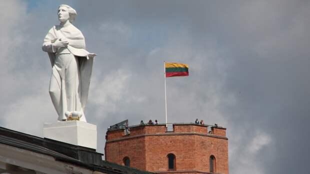 Жители Литвы массово покидают страну