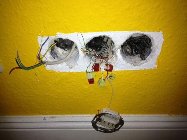Проводку следует менять. \Фото: devahi.net.