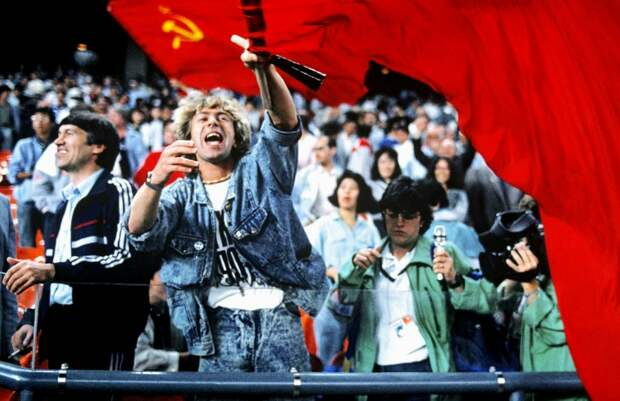 На Олимпиаде в Токио российские спортсмены выступят под флагом СССР (спортивно-политическая инициатива)