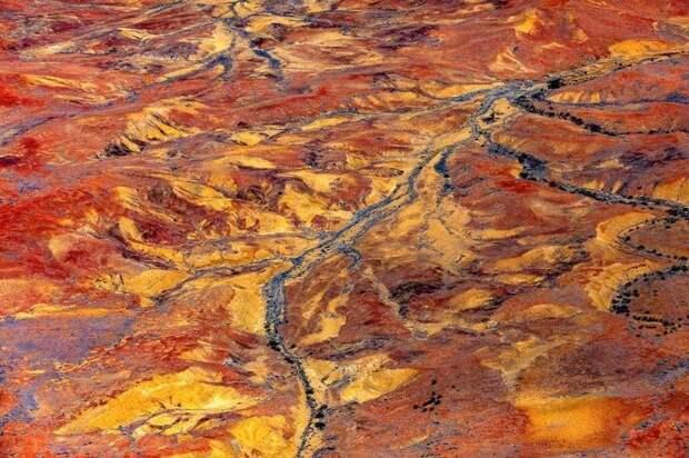 Фотограф снимает все виды потрясающих пустынь в Австралии