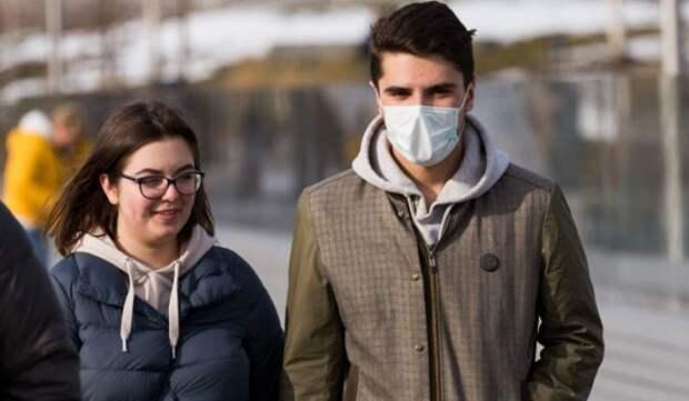 Инфекционист допустил повторное введение самоизоляции в России