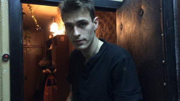 Неудачи изменили звездную внешность Василия Степанова