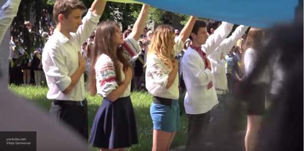 Центр гендерного равенства взялся за харьковских кадетов