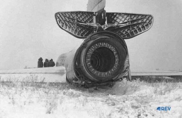 Мистический самостоятельный полет самолета