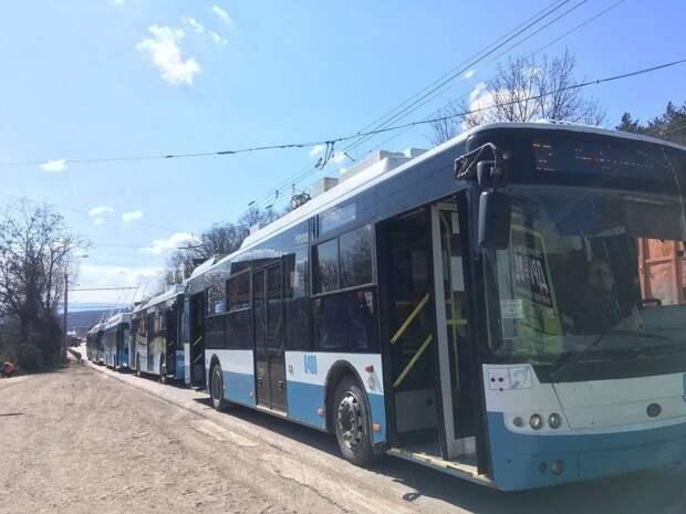 Под Симферополем из-за обрыва сети несколько часов стояли троллейбусы