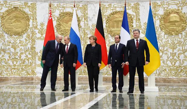Нужен рейтинг, а не мир. Что Киев готовит в Донбассе