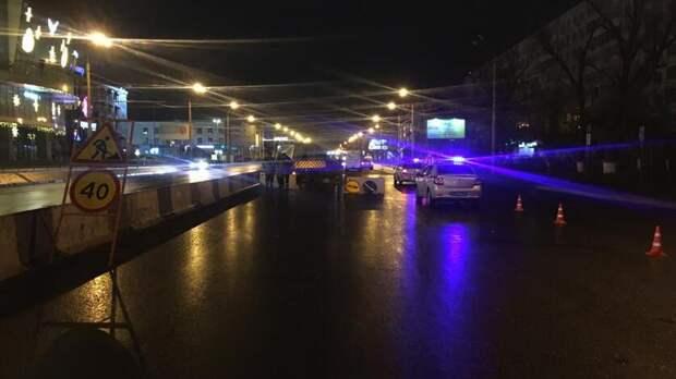 Ростовчанин без прав протаранил машину дорожников уТРЦ «Горизонт», есть погибший